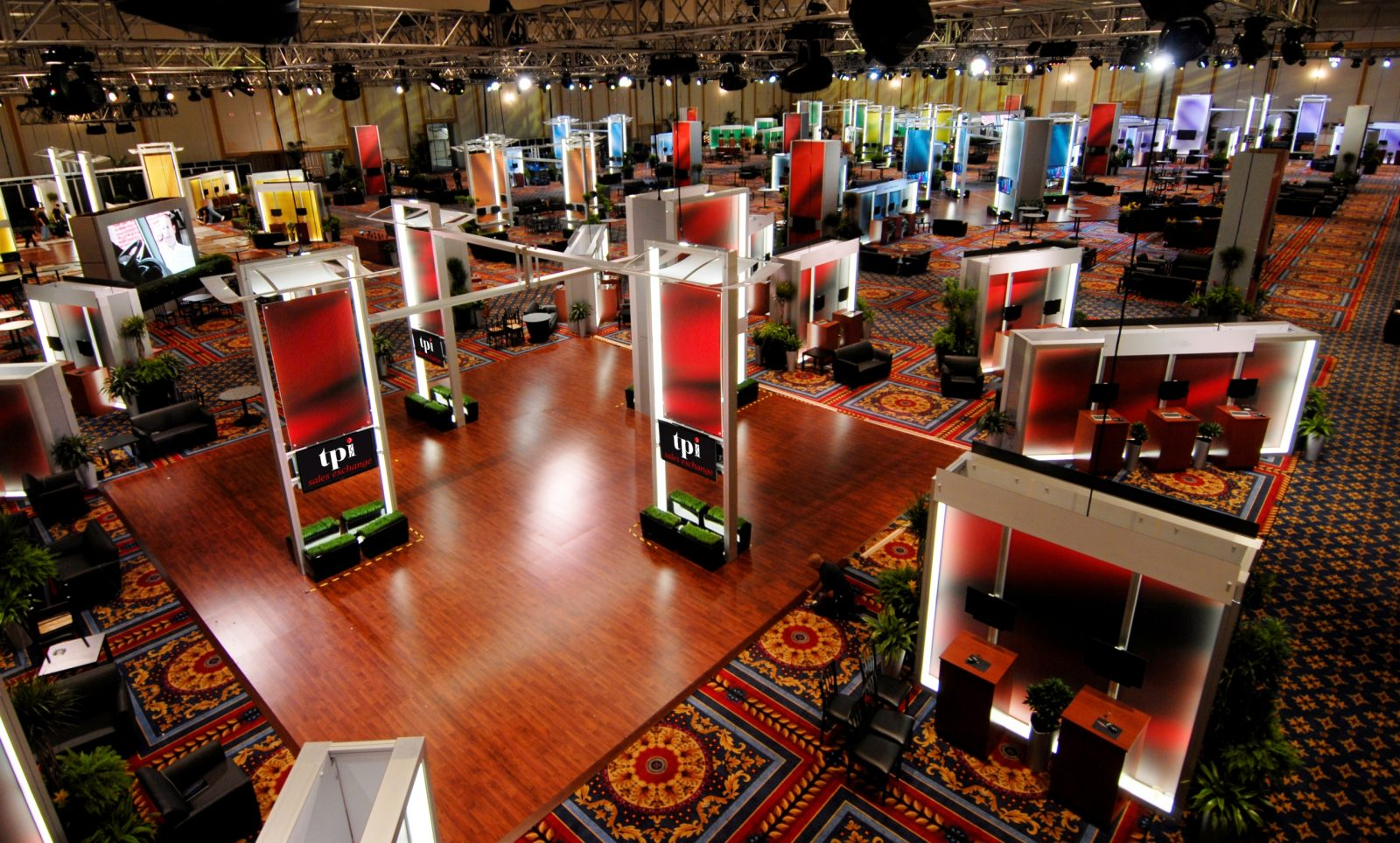 Reasons Why You Should Exhibit Your Business at a Trade Show