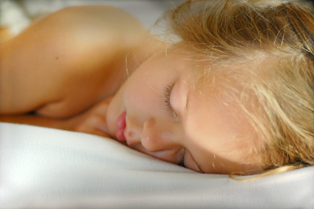 Try These Natural Sleep Solutions To Overcome Sleep Disorders