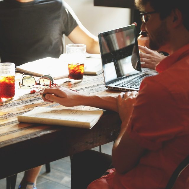 6 Reasons Every Business Should Hire Freelancers