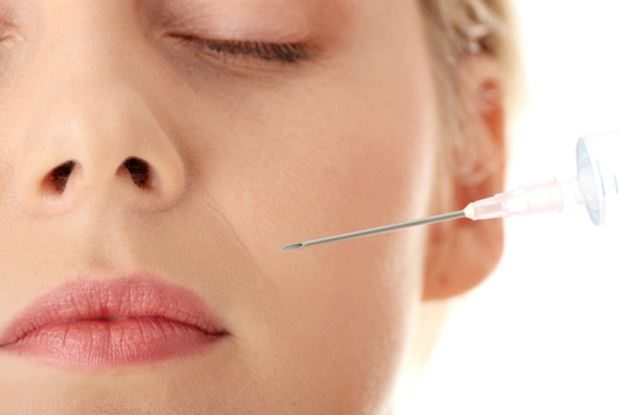 How to Avoid and Prevent Bruising and Swelling After a Dermal Filler Treatment