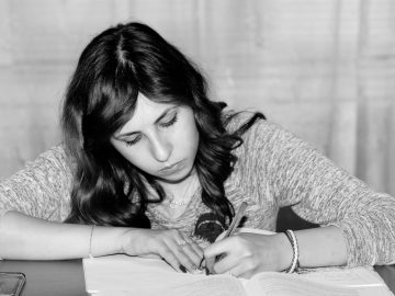 """Good Grades Aren't Just for """"Smart"""" People: 10 Study Tips Anyone Can Use"""