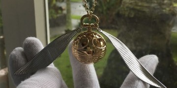 Golden-Snitch-Inspired-Engagement-Ring-Box-I