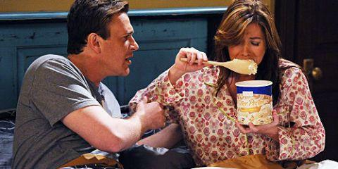 14 Things You Should Know Before You Date a Girl Who's ALWAYS Hungry