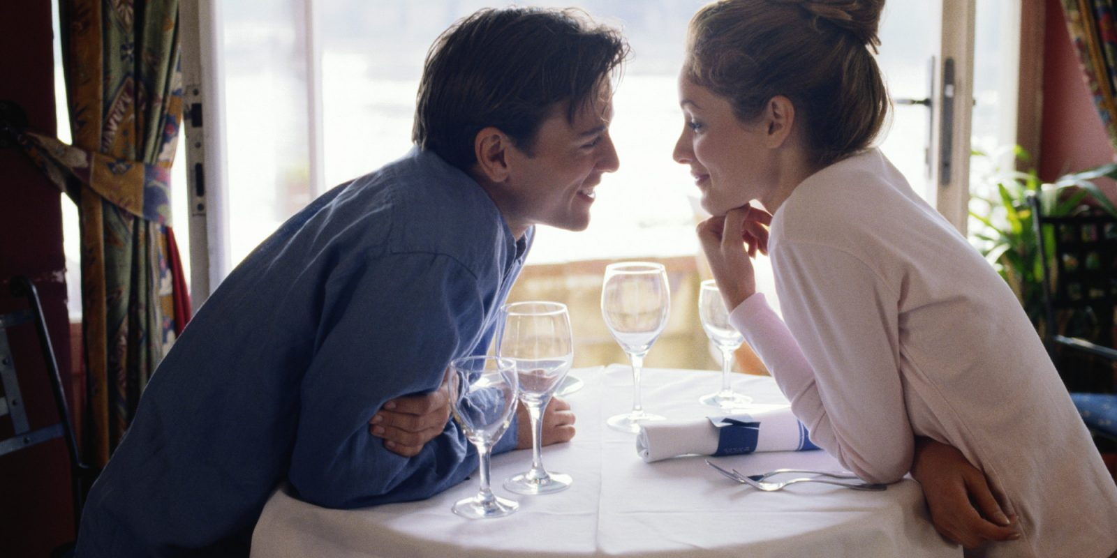 5 Amazingly Simple Ways to Step Up Your Dating Game