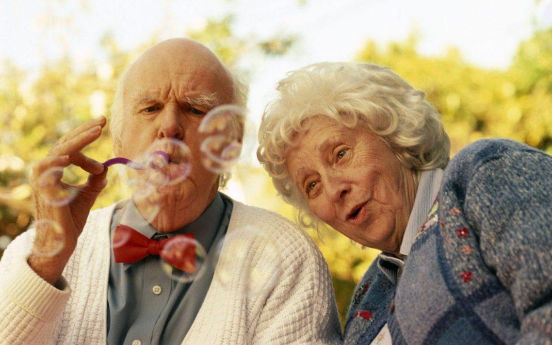 6 Ideas for Celebrating Your Golden Wedding Anniversary