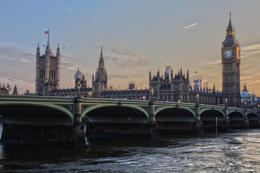 Will London Outstrip NYC by 2030?