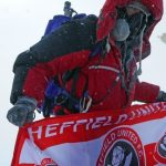 Terminal cancer patient Ian Toothill conquers Everest