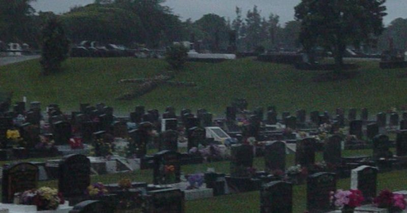 This Man Took A Photo In A Cemetery And Found This Creepy Face