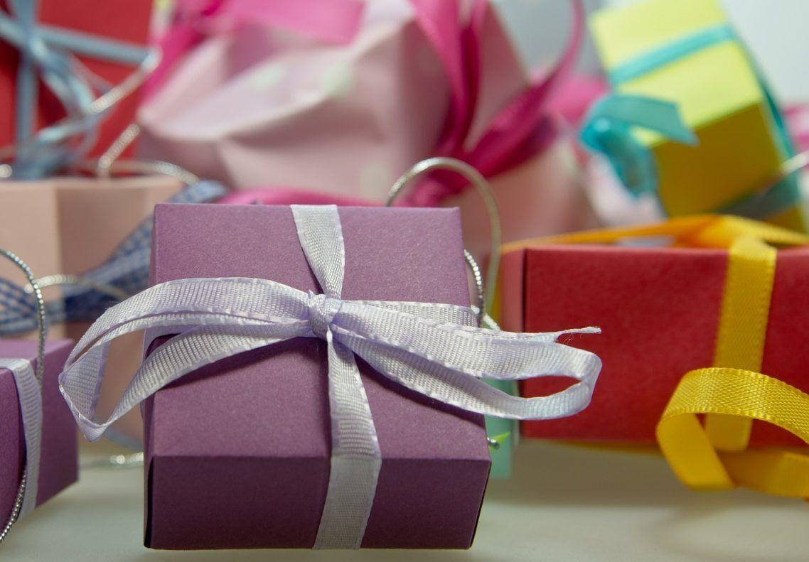Amazing Gift-Giving Tips for the Hard to Buy For