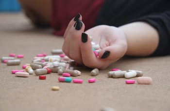 Here's What Your Addiction is Doing to Your Children