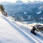 Don't hesitate; Book a ski trip with your friends